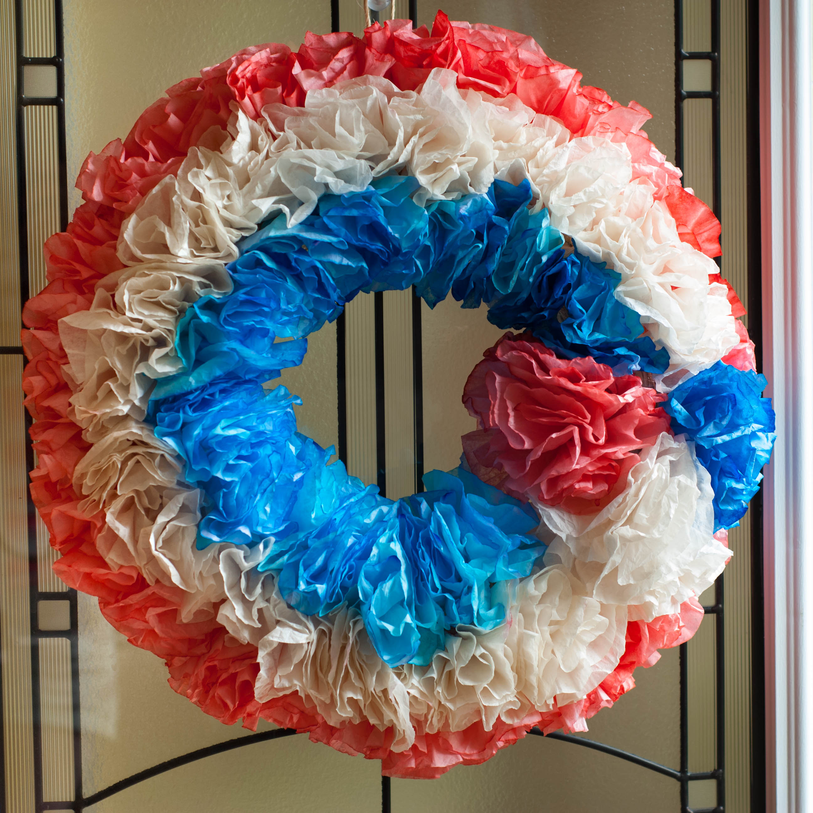 4th of July Coffee Filter Wreath * Angie\u0027s Crafty Stuff